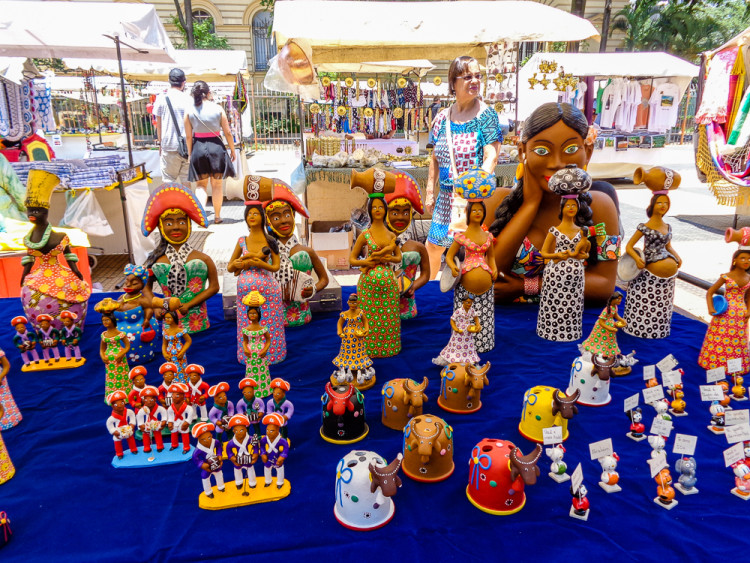 Republic Square Crafts